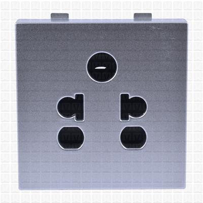 Simon S38 Silver Socket 06 Amp