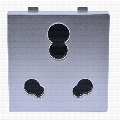 Simon S38 Silver Socket 16 Amp