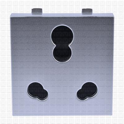 Simon S38 Silver Socket 25 Amp